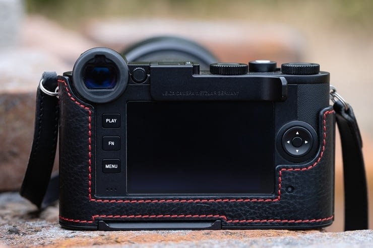 LeicaCL Back
